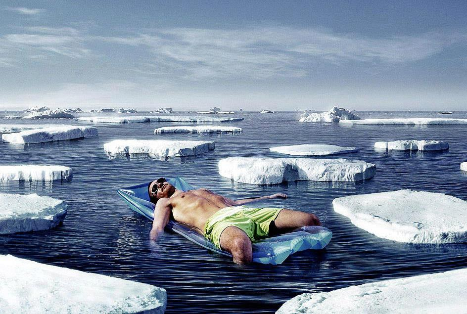 How-to-pick-up-girls-sunbathing-arctic