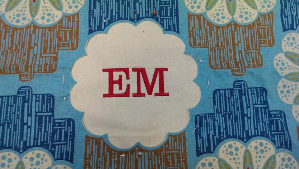 IMAG07931 1024x579 Sweet & Simple Bag to Sew with Easy Reverse Applique