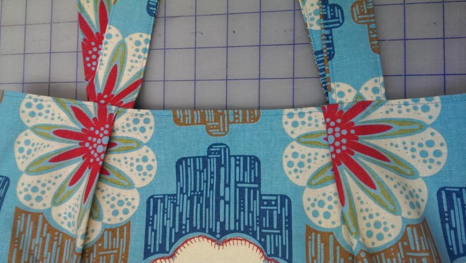 IMAG0815 1024x579 Sweet & Simple Bag to Sew with Easy Reverse Applique