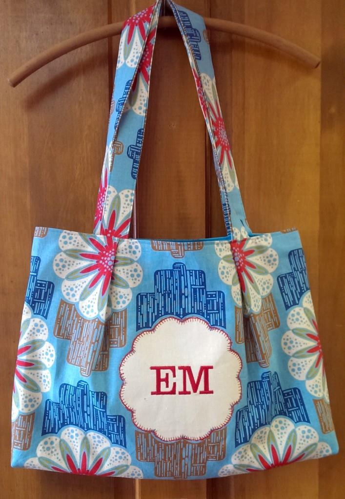 Lead 707x1024 Sweet & Simple Bag to Sew with Easy Reverse Applique