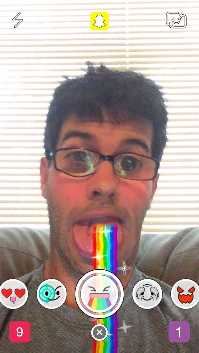snapchat-rainbow-mouth-selfie
