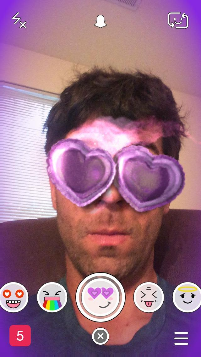 snapchat-hearts-valentines-selfie-filter