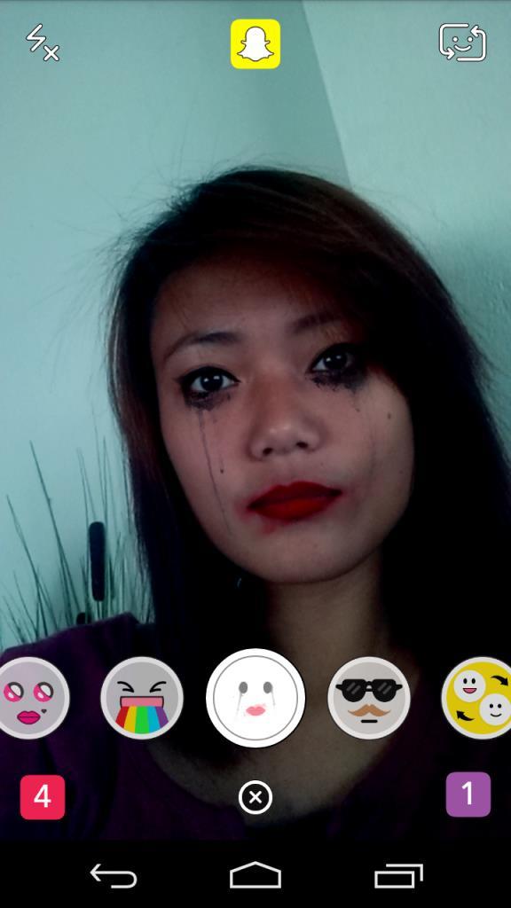 snapchat-face-effect-vampire